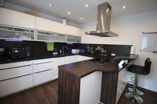 AUFGEPASST - Wohnung mit traumhafter Küche und toller Ausstattung