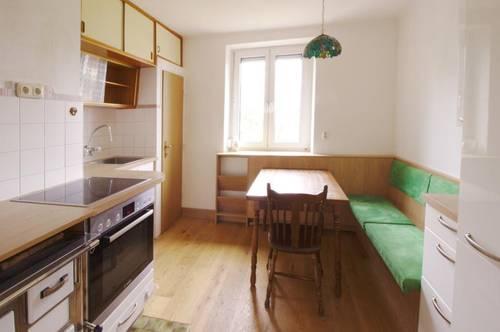 3 Zimmer Wohnung mit Balkon und Garten
