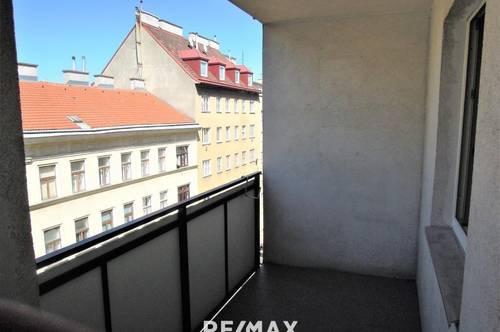 Geräumige 2 Zimmerwohnung mit Loggia #Zentral #Ruhig