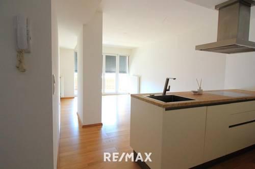 Seefeld: Helle, moderne 2-Zimmer-Wohnung