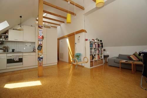 Schöne 2 Zimmer Dachgeschosswohnung mit Balkon in Dornbirn