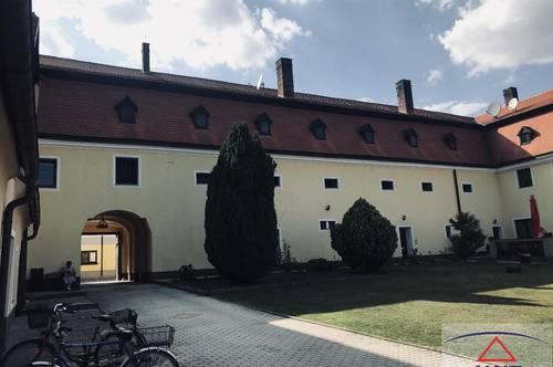 Wunderschöner Arkadenhof