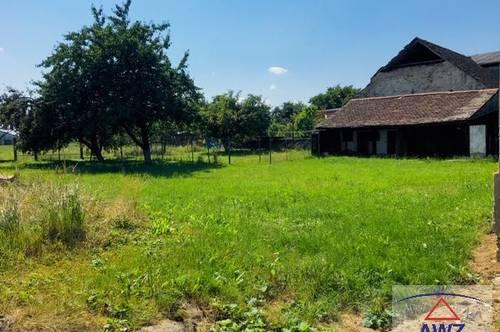 Liebenswertes Landgut mit sehr PRIVATEM Innenhof in Ruhelage!
