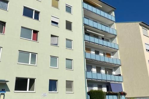 STOCKERAU - schöne, helle 3 Zimmer Wohnung im Zentrum