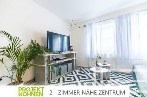 Zwei-Zimmer-Wohnung im Herzen der Stadt / Parkplatz im Innenhof anzumieten / Ab November verfügbar