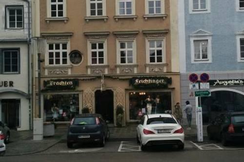 Stadtbüro, zentrale Lage in repräsentativem Bürgerhaus Top 03