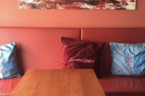 Gut eingeführte Cafe - Bar in Bahnhofsnähe