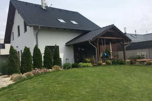 5- Zimmer Haus mit schönem Garten in Edelstal