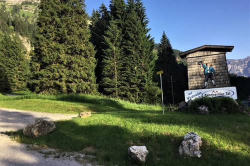 von der Bärenfalle zur Alpenrose - kleine Wohnanlage auf der Sonnenseite von Schattwald
