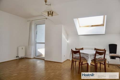 Helle 3 Zimmer Wohnung mit Balkon in ruhiger Lage!!