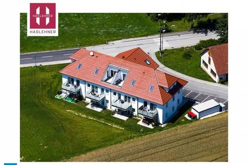 Traumhafte 71m² Dachgeschosswohnung mit kleiner Dachterrasse in Michaelnbach zu vermieten