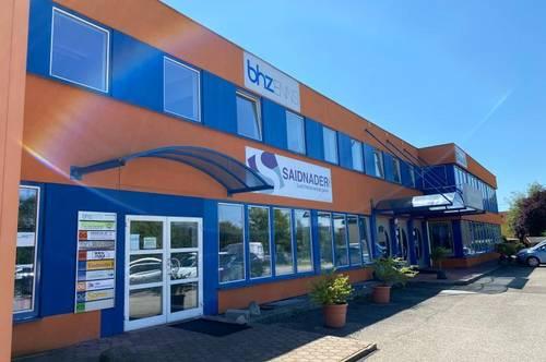 470 m² Betriebs- und Lagerhalle mit Büro in Enns