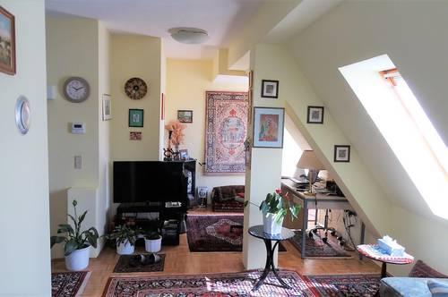 Elegante 2-Zimmer Dachgeschosswohnung inklusive günstigem Landesdarlehen