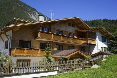 Dort wohnen, wo andere Urlaub machen! Gepflegtes Appartmenthaus mit 7 Einheiten im Leutaschtal!