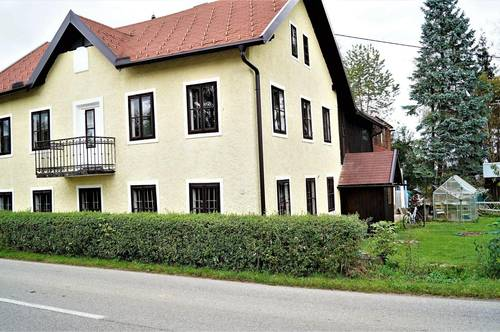 Sanierungsbedürftiges Einfamilienhaus in zentraler Lage