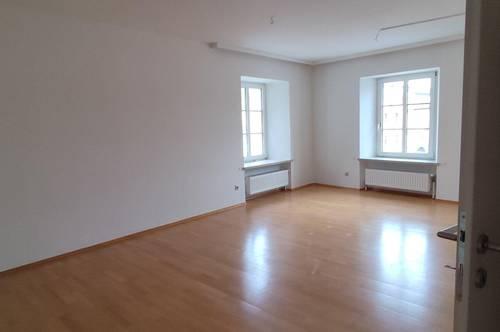 Große, leistbare Wohnung im Herzen von Freistadt € 870,- !warm!