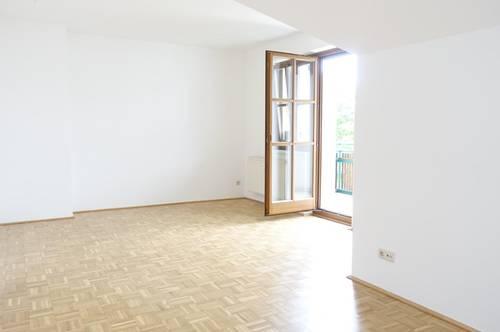 Dachgeschosswohnung mit Balkon Provisionsfrei!