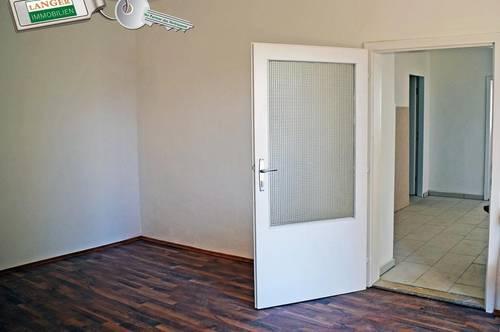 <b>2 Zimmerwohnung mit kleinem Innenhof!!!</b>