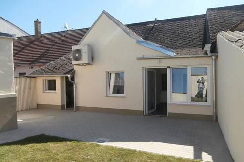 Dobermannsdorf: Neu renoviertes, kleines-feines Wohnhaus