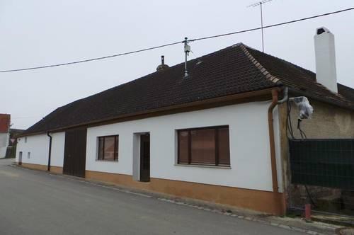 Herrnbaumgarten: Schönes, altes Bauernhaus mit Stadel