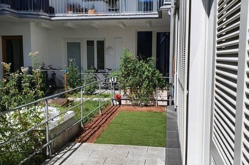 Rarität - neuwertige 2-Zimmer Wohnung in bester Zentrumslage mit Garten in Ried