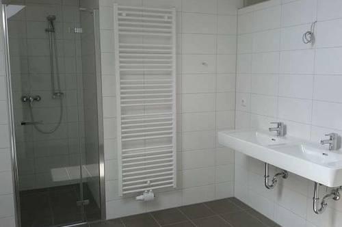 Individuelle, neuwertige 2 Zimmer-Maisonettewohnung im Zentrum von Ried im Innkreis