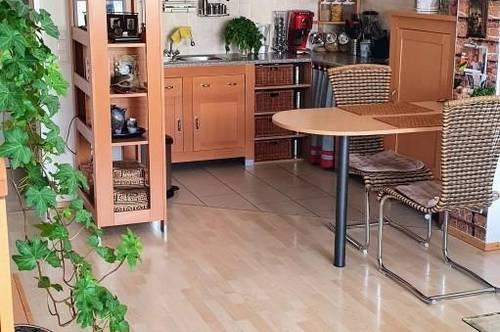 2-Zimmer Wohnung mit Loggia und idealer Größe in Stadtrandlage Ried