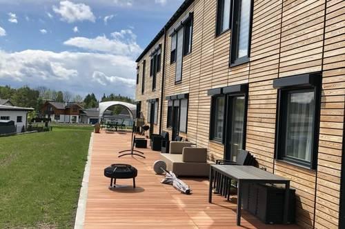 Kurzfristig beziehbare, neuwertige 4-Zimmer- Maisonettewohnung mit Garten und möblierter Küche in Eberschwang