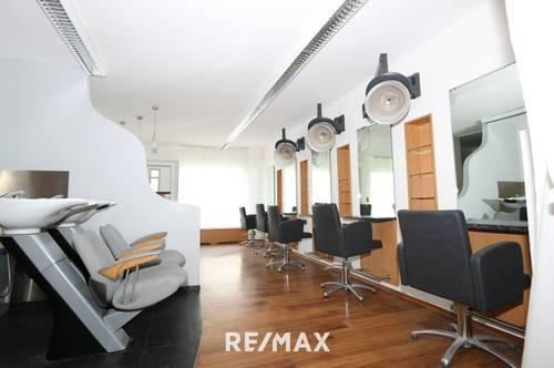 Komplett ausgestatteter Friseursalon wartet auf seinen neuen Betreiber!