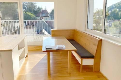 Exklusive 4-Zimmer Dachgeschoßwohnung mit 30 m² Terrasse