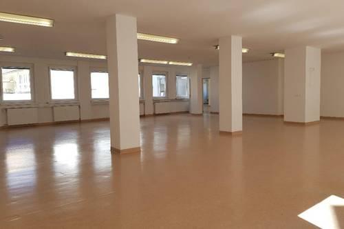 REPRÄSENTATIVE 354 m² BÜRO- PRAXIS- UND/ODER GESCHÄFTSFLÄCHE AM NEUEN PLATZ IN KLAGENFURT! AUF 594 m² ERWEITERBAR!