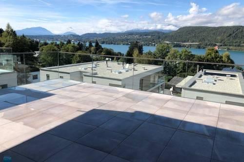 Velden - Wörthersee/AUEN: Exklusiver Wohntraum - Erstbezug-Penthouse mit gigantischem See- und Bergblick, Außenpool und eigener Seezugang