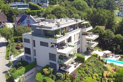 Pörtschach am Wörthersee: EXKLUSIVE 4 Zimmer-Terrassenwohnung mit unverbaubarem Seeblick - 1 TG + 1 Carportplatz, 1 Kellerabteil
