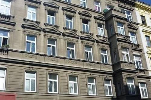 Mollardgasse nächst U4, Hofgrünruhelage, 34m² Altbaumiete, Komplettküche, 3. Stock,