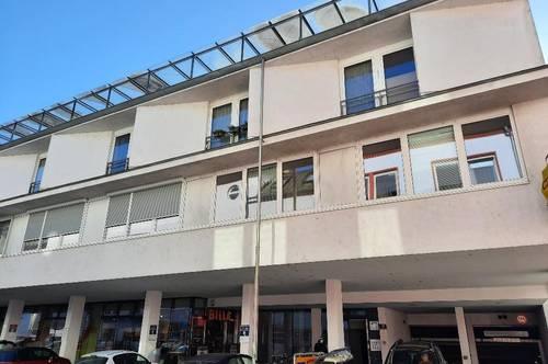 IBK-Pradl: Außergewöhnliche 3 Zimmer Wohnung mit zugehörigen Lager-/Abstellraum!