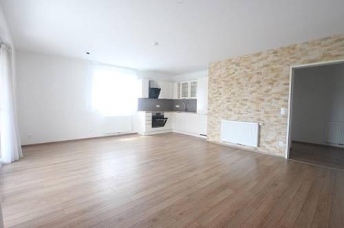 ANLEGERHIT - Attraktive 4 Zimmer Wohnung mit Balkon und TG-Platz in Wolfsberg