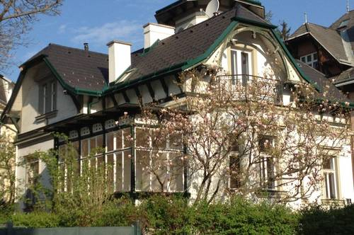 Wunderschöne Villa aus der Jahrhundertwende in Hietzing