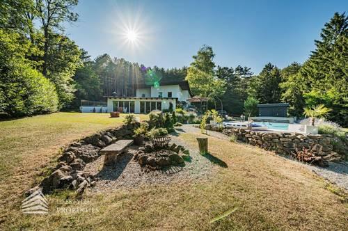 Atemberaubendes Anwesen mit 8-Zimmer Haus in Würflach!