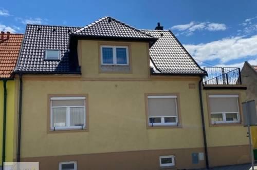 Wilfleinsdorf - renoviertes Einfamilienhaus in Ortszentrum