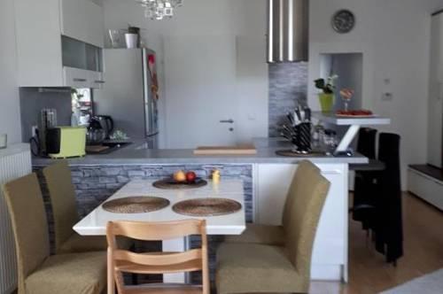Gepflegte 3-Zimmerwohnung mit Loggia/Balkon in 4060 Leonding - Inklusive 2 Parkplätze und Keller! Keine Befristung und provisionsfrei!