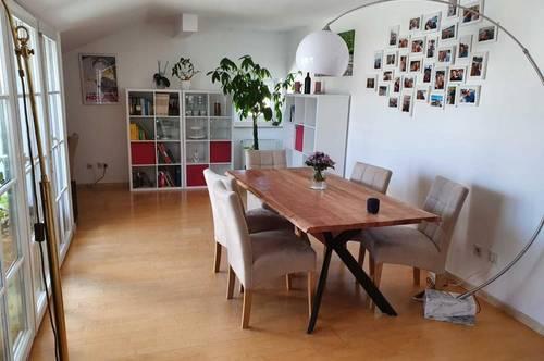 """""""ALT-LIEFERING - Moderne 3 Zimmer Dachgeschosswohnung mit Terrasse und PKW-Stellplatz"""""""