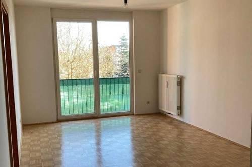 2 Zimmerwohnung, ruhig gelegen, Kreuzberglnah - MIETE 473€