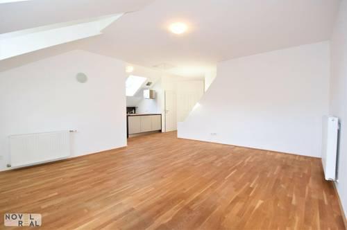 Exzellent revitalisierte 3 Zimmer-Wohnung mit Gemeinschaftsgarten (Beziehbar August 2021)