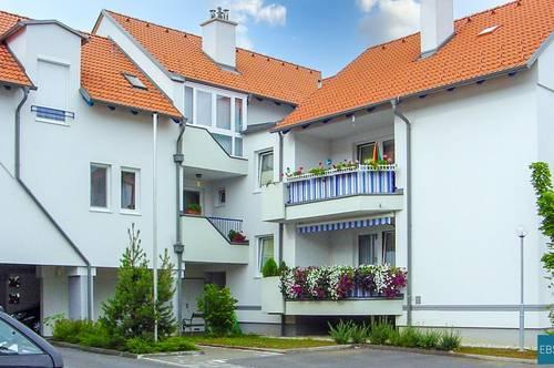 Freundliche Wohnung im EG mit Loggia