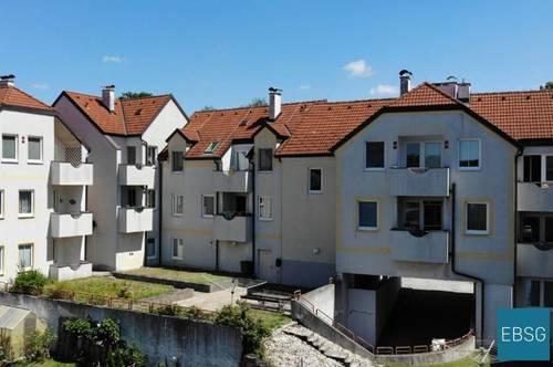 Single- oder Pärchenwohnung im DG mit Balkon