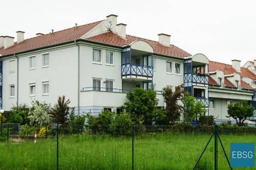 Helle Dachgeschoßwohnung mit Loggia