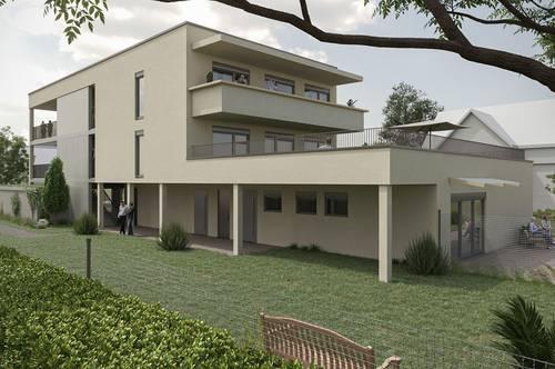 HIGHLIGHT! Einzigartig! Wohnung mit großzügiger Dachterrasse und Eigengarten! WOHNJUWEL!