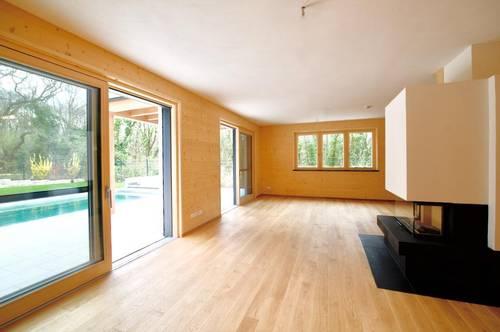 ERSTBEZUG OBER ST. VEIT! Moderne Familienvilla mit Pool in Idyllischer Waldrandlage