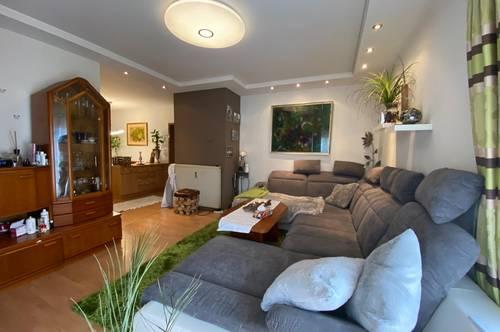 *Tolle Lage in Feldbach* 82m² große 3-Zimmer-Wohnung mit Balkon, Carport und großem Kellerabteil!