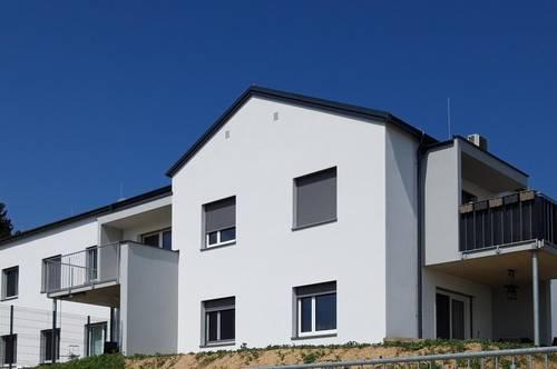 Provisionsfrei! Stilvolle Neubauwohnung mit 3 Schlafzimmern und sonnigem Balkon in Grafendorf